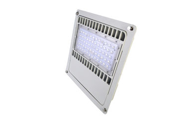 ประเทศจีน Waterproof 120Watt LED Canopy Lights CREE / SAMSUNG Leds 85 - 277Vac โรงงาน